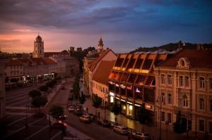 Vilnius_at_dusk